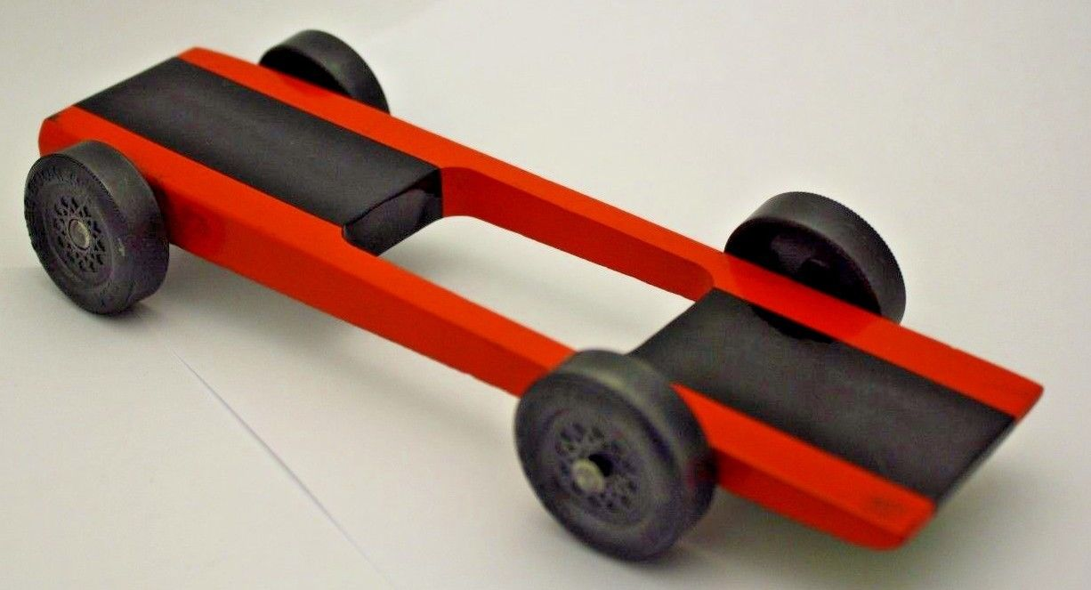 "Pinewood Derby Razor Wedge 1.180"" Wheel Car"