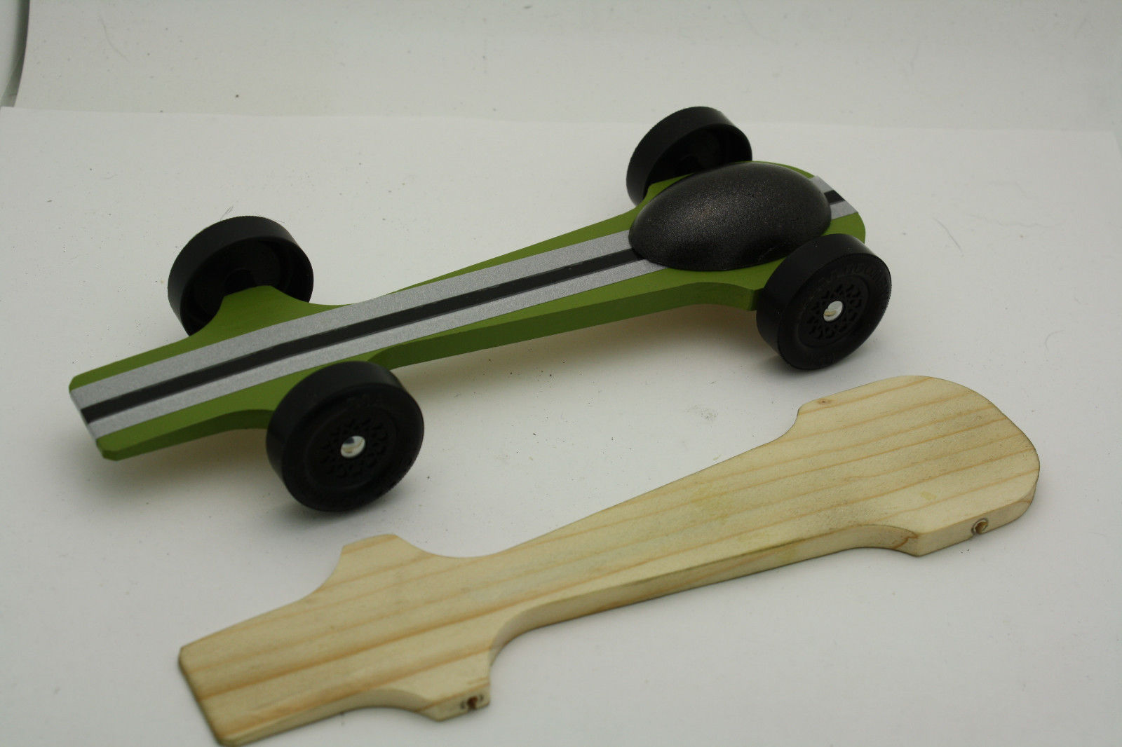Weight Reduced Ready to Race Fast Pinewood Derby Car
